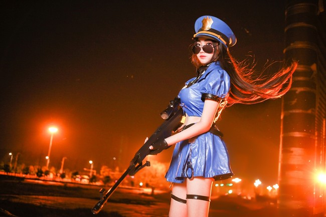 Caitlyn Officer Cos (9)